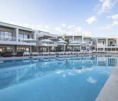 Aloe Suites - common swimming pool